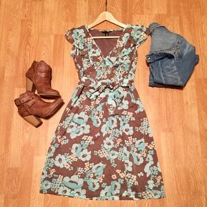 H&M light blue and grey floral dress. Size 6